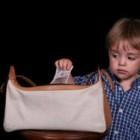 Cara Menyikapi Anak Yang Mencuri